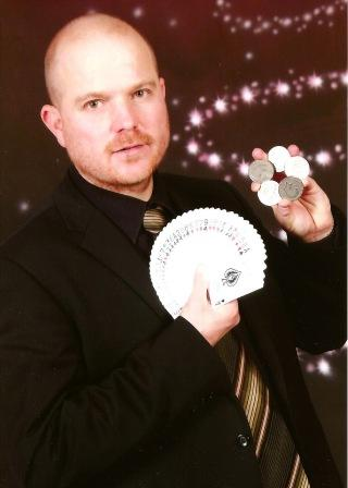 Close up Magician Bruce Munton North Yorkshire