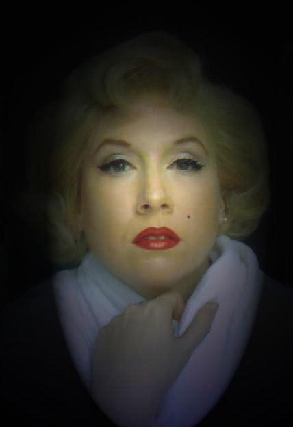 Marilyn Monroe lookalike Caitlin James