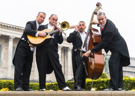 Casablanca Steps 20s 30s & 40s Quartet