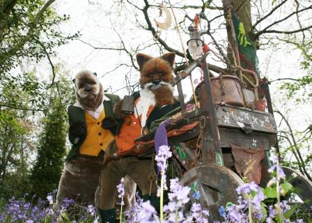 Otto & Teddy are an Otter and a Fox who tell stories and challenge minds about fairytales of long ago