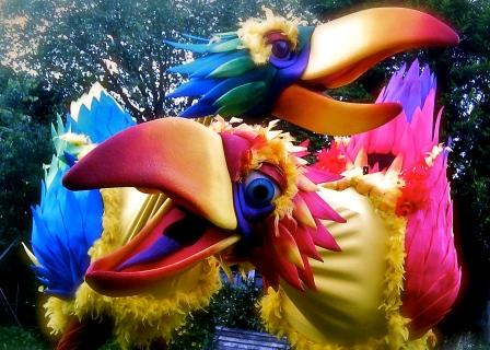 Squawk! Two giant exotic birds by Creature Encounter