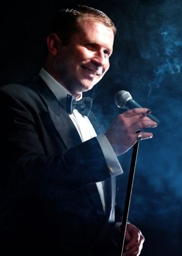 Jay Oxenham as Frank Sinatra Tribute Berkshire