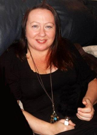 Laura Kay Psychic Clairvoyant Tea Leaf Reader, Tarot Reader, Oracle Card Reader, Rune Stones Reader, Palmist from Lancashire