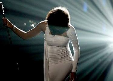 Liza Baker as Shirley Bassey Tribute from South Wales