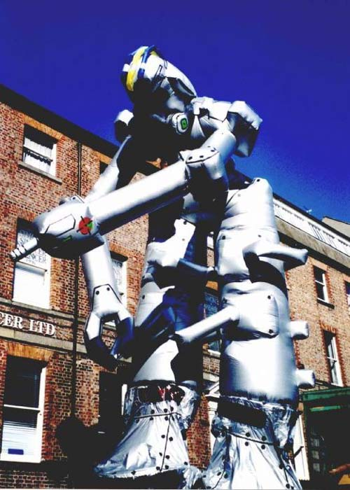 Neighbourhood Watch Stilts Internationals as Giant Robot