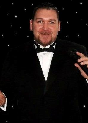 Mark Carter Male Vicalist Care Home Entertainer Co Durham