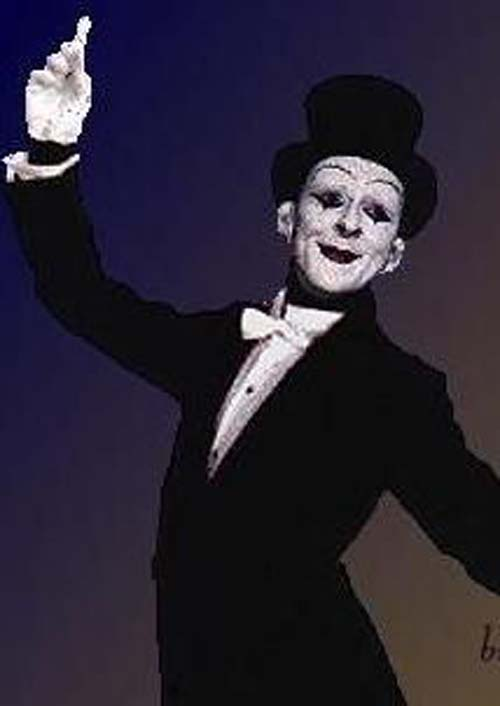 Michael Blackledge as Mimbo the Mime Act