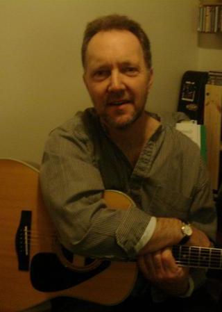 Phil Donegan Solo Singer / Guitart