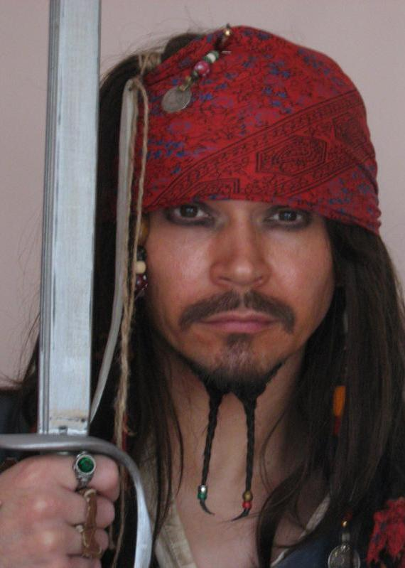 Captain Jack Sparrow lookalike Spencer Smith