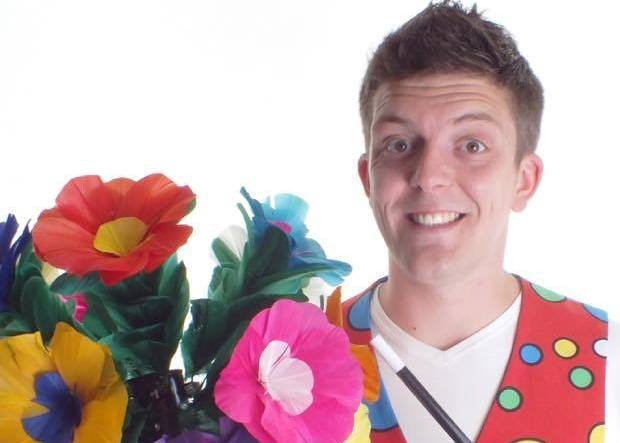 ZOOM Entertainments brings you Virtual Children's Magic Show by Tom Rolfe